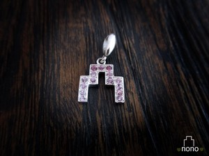 「Shirokigou Pendant」 <pink sapphire> お城の地図記号ペンダント(ピンクサファイア)
