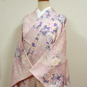 淡いピンク色に桜と紫陽花 小紋