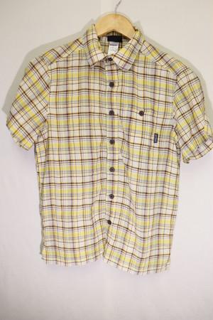 patagoniaイエローチェック半袖シャツ