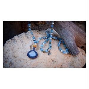 Japa mala : moon stone × aquamarine × tree agate
