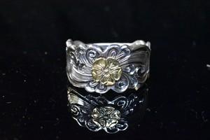 Love rose natural karakusa ring