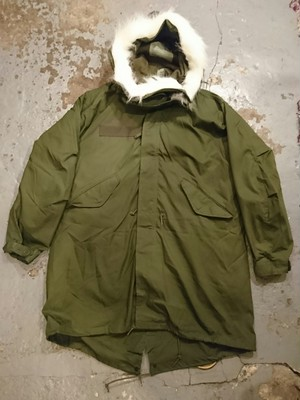 "US ARMY ""M-65 PARKA SMALL-REGULAR"" N.O.S"