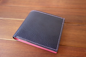 二つ折り財布 イタリアンレザー ネイビー×ピンク