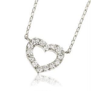 K18WG 0.30ctダイヤモンドハートネックレス