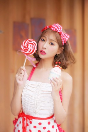 ❤︎SALE❤︎【 strawberryホイップタルト】エプロン