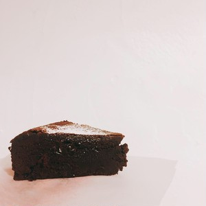 チョコレートが濃厚な口溶けガトーショコラ