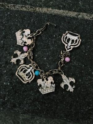 Vintage gold white charm bracelet ( ヴィンテージ ゴールド × ホワイト チャーム ブレスレット )
