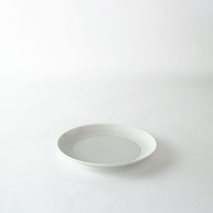 2016/ ChristienMeindertsma Plate140 φ13.2 x H1.7cm  有田焼 陶磁器 皿 プレート デザイナーズ ブランド シンプル  スタイリッシュ テーブルウェア オランダ 北欧
