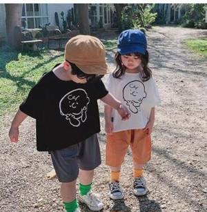 0127 送料無料 キッズ チャーリーブラウンのTシャツ 子供服 キッズ 100cm 110cm 120cm 130cm 140cm ブラック ホワイト