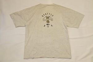 USED 90s REI SEATTLE Opening T-shirt -Medium 01041