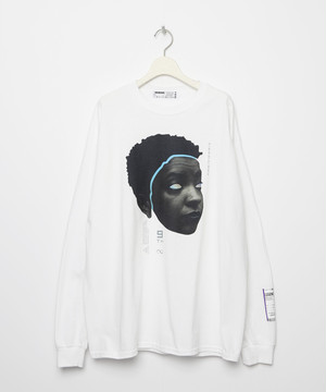 9th Anniversary Special FACE Long sleeve T-shirt [White]