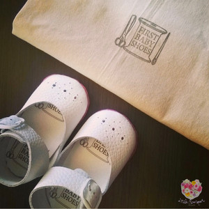 《First Baby Shoes》Model : NINA ファーストシューズ手作りキット White × Pink