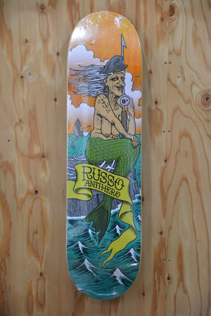 Antihero SEA HAGS RUSSO 8.4