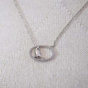 【猫のジュエリー】K18WGオーバルダイヤモンド猫のペンダント