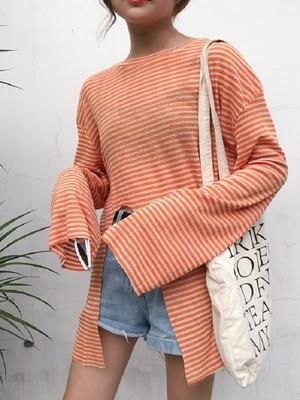 【tops】Loose slit striped long-sleeved T-shirt