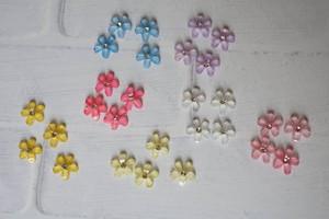 ミニサイズのお花のデコパーツ*4個セット