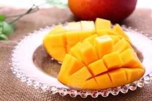 【大満足】めちゃめちゃ美味しいマンゴー 優品1k