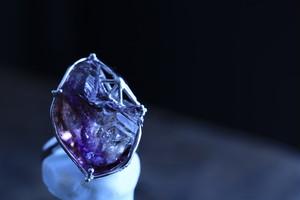 アメシスト原石の指輪