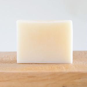 アーモンド石鹸 ゼラニウムとラベンダーの香り
