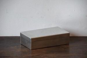 角缶(大・ブリキ) / SyuRo