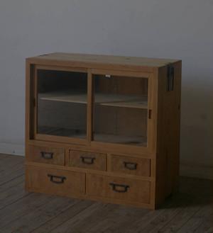引き出し5杯◆造りの良いガラス戸棚◆道具箪笥 YZ2168