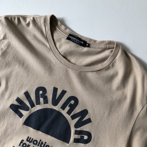 UNDERCOVERのTシャツ