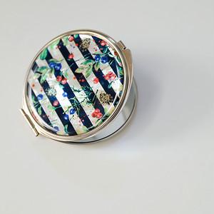 天然貝 コンパクトミラー(パリの朝摘みベリー)<螺鈿アート>