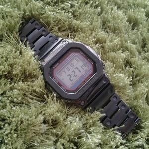 Custom G-Shock フルメタル電波ソーラー