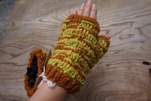 フェアトレード 手編み 手袋