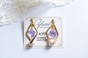 【Flowerness】ピンクパープル・ピアス