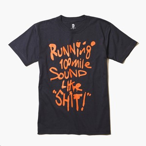 Running 100mile Sounds Like SHIT! t-shirt (オレンジ/ダークグレー)
