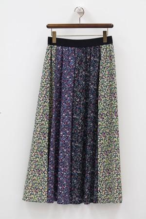 小花柄縦切り替えのロングスカート