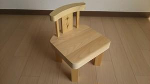 青森ヒバ 木製 キッズチェアー 花(子供椅子だけでなく飾り台や踏み台にも)
