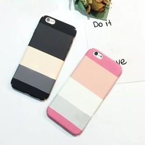 【iPhone各機種対応】マルチラインiPhoneハードケース