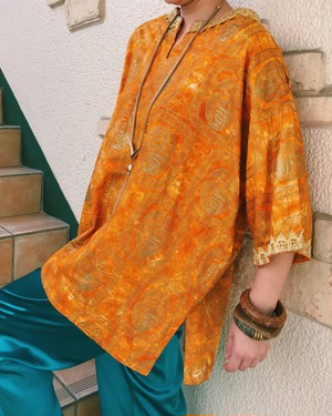 Vintage african batik orange tie-dye × gold face print tunic ( ヴィンテージ  アフリカン バティック オレンジ × ゴールド フェイス柄 チュニック )