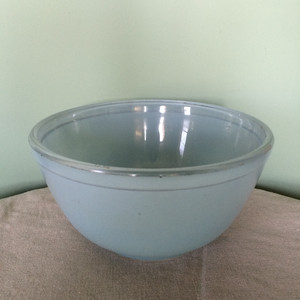 JAJ PYREX Sprayware Bowl Blue S