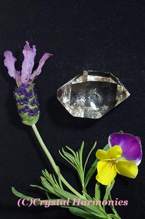 特価20%OFF 最高のチャクラの石☆水入り ハーキーマーダイヤモンド No.9