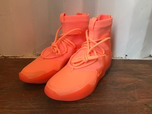 【日本未発売】NIKE AIR FEAR OF GOD 1 (salmon pink)