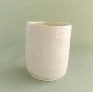白ガラス湯飲み