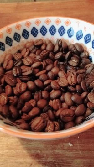 【送料無料】自家焙煎コーヒー豆ストレート200g