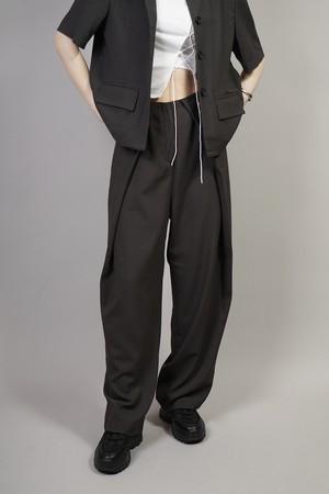 TUCK LAYERED PANTS  (CHARCOAL) 2106-52-830
