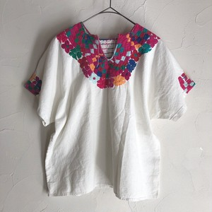 embroidery tops