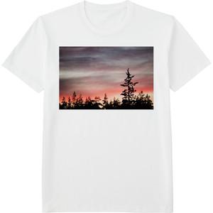87.Finland100 Tシャツ / 燃える空
