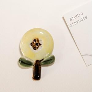 studio craynote ブローチ OHANA(黄色) 【陶器】