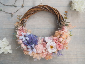 Lune Bonheur <Rose vanille> *受注制作*ハーフムーンリース*プリザーブドフラワー*春*リース*お花*ギフト*結婚祝い*ひなまつり*記念日*新築祝い*引っ越し祝い