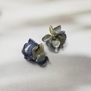 紫陽花【希望の光】ピアス~ラベンダーグリーン