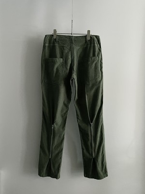 TrAnsference back zip shaped fatigue pants - olive / pigment dyed effect