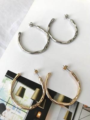 【LIGNE】twist hoop pierce