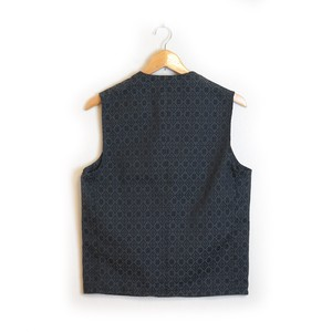 WITHOUT  COLLAR  VEST