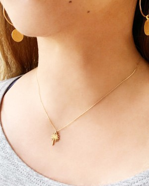 K10 palm tree necklace /  Belleza by n